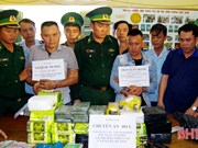 Ha Tinh authorities arrest two drug traffickers, seizing big amount of drugs