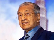 Malaysian PM to receive Japan's noble order