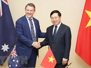 Deputy PM receives Chief Minister of Australia's Northern Territory