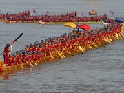 Cambodia sets world record for longest dragon boat