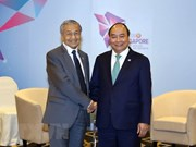 Prime Minister meets with Brunei, Malaysia leaders