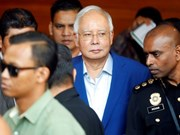 Former Malaysian PM questioned over French submarine deal