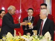 President hosts banquet for Indian counterpart