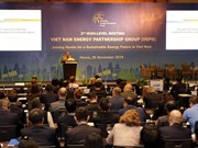 Int'l experts propose measures for Vietnam's sustainable energy