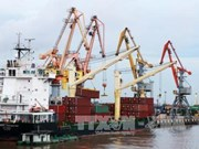 November sees trade deficit of 400 million USD
