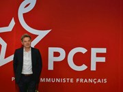 Party leader congratulates new French Communist Party head