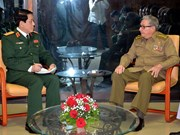 Vietnam, Cuba intensify friendship between armed forces