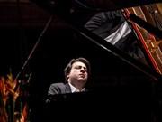 Hungarian pianist Janos Balazs debuts in Hanoi