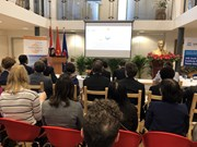 Vietnam hosts roundtable on climate, security in Netherlands