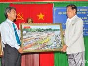 Cambodian Front delegation visits Mekong Delta province