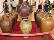 Cham ethnic minority group's pottery on display
