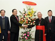 Front leader pays pre-Christmas visit to religious dignitaries
