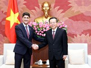 NA Vice Chairman receives Coca-Cola Vietnam CEO
