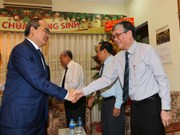 HCM City, An Giang leaders visit Evangelical churches ahead of Christmas