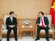 Deputy PM calls for Japanese investment in automobile, energy