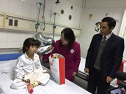Tet gifts offered to impoverished child patients