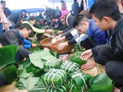 Poor people to receive chung cake ahead of Tet