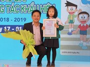 Hanoi first grader wins traffic safety slogan contest