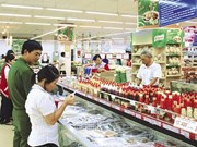 Hanoi works to ensure food safety during Tet