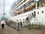 First cruise tourists land in Thua Thien-Hue in 2019