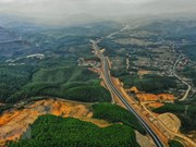 Ha Long-Van Don expressway to officially open on February 1