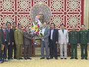 Lao officials extend Tet greetings to Nghe An province