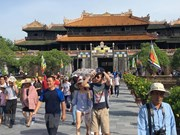 Around 25,000 people visit Hue ancient capital on Tet
