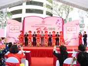 Hanoi: Various activities invite visitors to Spring Book Street