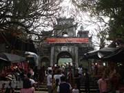 Hanoi: Huong pagoda festival opens
