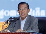 Cambodian PM opposes interference in country's internal affairs