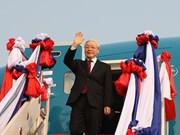 Top Vietnamese leader begins official friendly visit to Laos