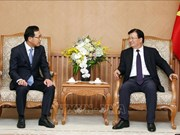 Deputy PM receives Samsung Vietnam's new director