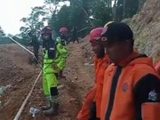 Indonesia: Rescue of victims in collapsed mine face hardships