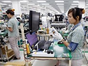 Samsung helps train Vietnamese support industry experts