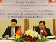 Lao officials appreciate Vietnam-Laos cooperation in information-communication