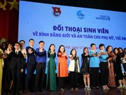 Students talk gender equality at Hanoi dialogue