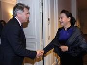 Top Vietnamese legislator meets leader of French Communist Party