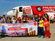 AirAsia operates first flight on Can Tho-Kuala Lumpur air route