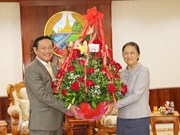 Vietnamese leaders congratulate Lao counterparts on traditional New Year