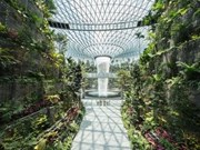 Singapore: Airport entertainment complex officially opens