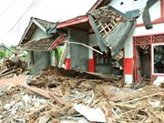 5.8-magnitude earthquake shakes Indonesia