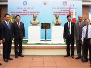 Busts of Vietnamese, Philippine heroes unveiled in Thai Nguyen
