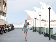Vietnamese designer holds fashion show in Australia