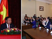 PM visits Vietnamese Embassy in Russia