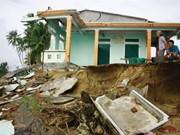 Quang Ngai calls for more assistance to curb coastal erosion