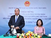 Prime Minister visits Vietnamese embassy staff, expatriates in Sweden