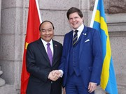 PM Nguyen Xuan Phuc meets Swedish parliament speaker