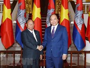 Prime Minister hosts top Cambodian legislator