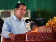 Cambodian PM criticizes Singaporean PM's remarks on Vietnam