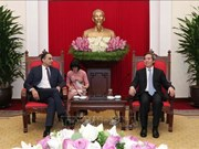Politburo member Nguyen Van Binh meets ADB Vice President